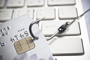 Можно ли вернуть деньги с интернет счета если обманули?
