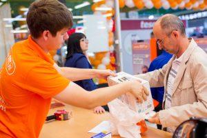 В каких случаях покупатель имеет право вернуть товар и забрать деньги?