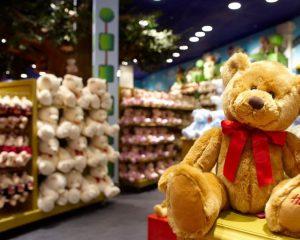 Подлежат ли возврату в магазин детские игрушки?