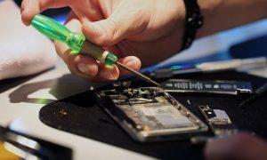 Как написать претензию на возврат денег за некачественный ремонт телефона?